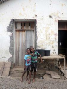 Roça di Ponta Figo, bambini  (foto Giorgio Pagano)