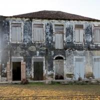 Principe,l'edificio da ristrutturare dove vive Claudio Corallo